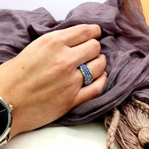 Женское кольцо со светло-голубыми кристаллами Swarovski