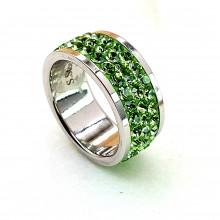 Женское кольцо со светло-зелеными кристаллами Swarovski