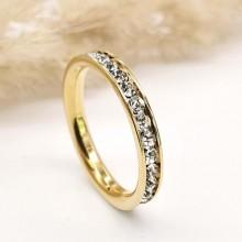 Кольцо из ювелирной стали женское с белыми фианитами