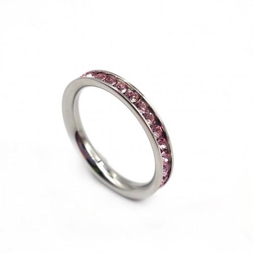 Стальное кольцо женское со светло-розовыми циркониями