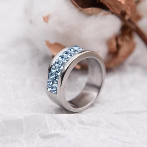 Кольцо женское с кристаллами цвета аквамарин Swarovski