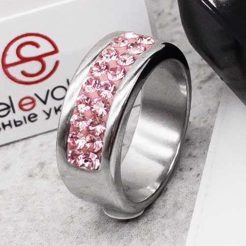 Кольцо женское со светло-розовыми кристаллами Swarovski