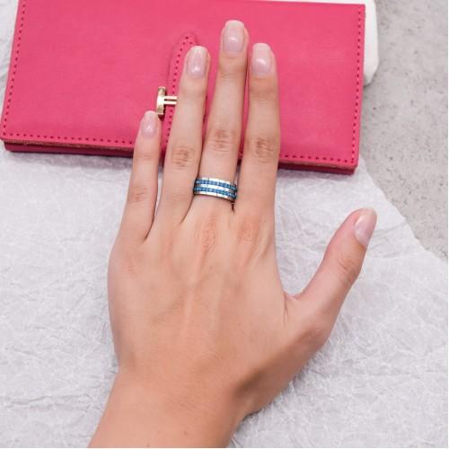 Женское кольцо Swarovski с циркониями ярко-голубого цвета