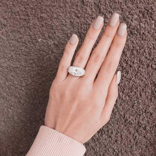 Женское кольцо с кристаллами Swarovski белого цвета