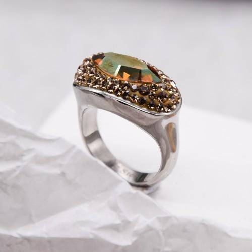 Женское кольцо с кристаллами Swarovski янтарного цвета