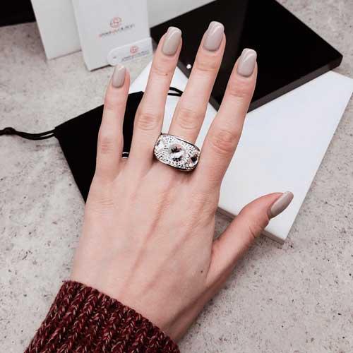 Женское кольцо с белым кристаллом Swarovski