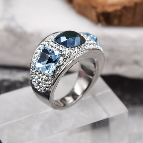 Женское кольцо с синими и белыми кристаллами Swarovski