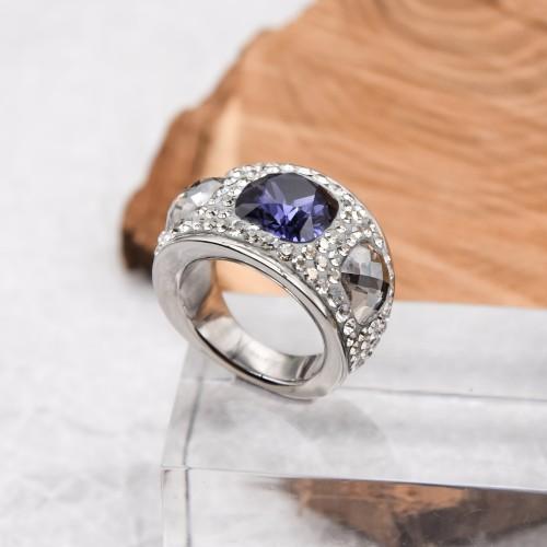 Женское кольцо с фиолетовым кристаллом Swarovski