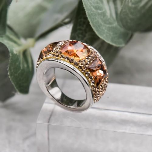Женское кольцо с янтарным кристаллом Swarovski