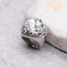 Женское кольцо-перстень с белым кристаллом Swarovski
