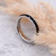 Стальное кольцо с черными кристаллами Swarovski