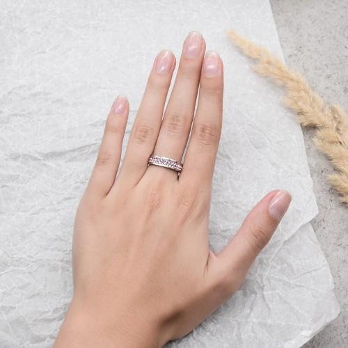 Женское кольцо Swarovski с кристаллами светло-розового цвета