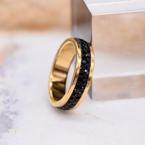 Женское кольцо Swarovski с черными кристаллами под золото