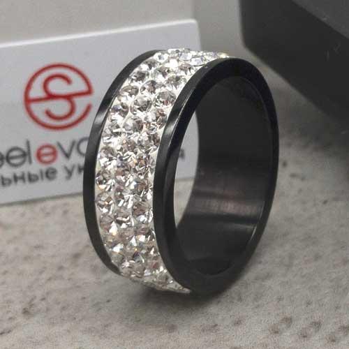 Женское черное кольцо с белыми кристаллами Swarovski