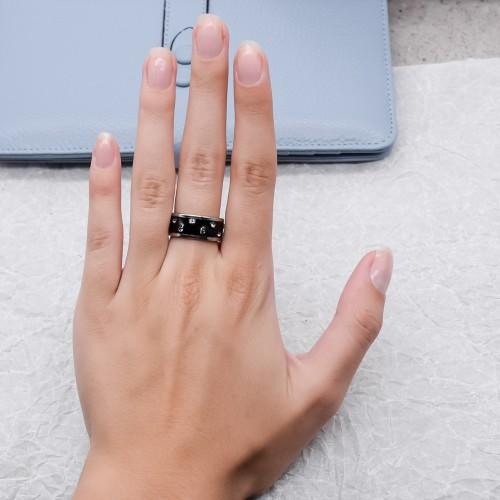 Женское широкое кольцо Swarovski Crystal с черной эмалью
