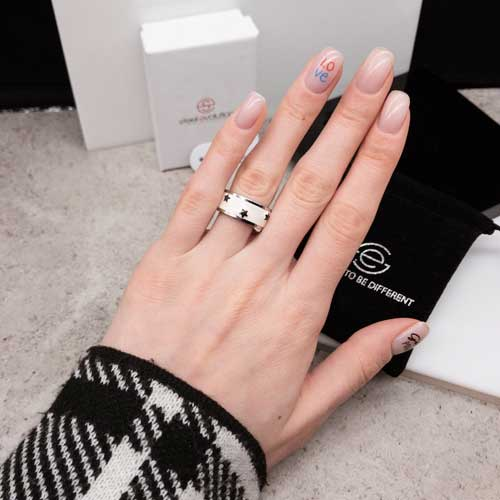 Кольцо Swarovski Crystal женское с белой эмалью