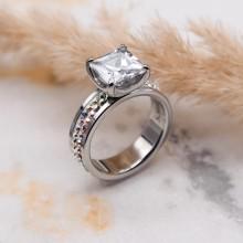 Кольцо для предложения (помолвки) с квадратным камнем Swarovski Crystal