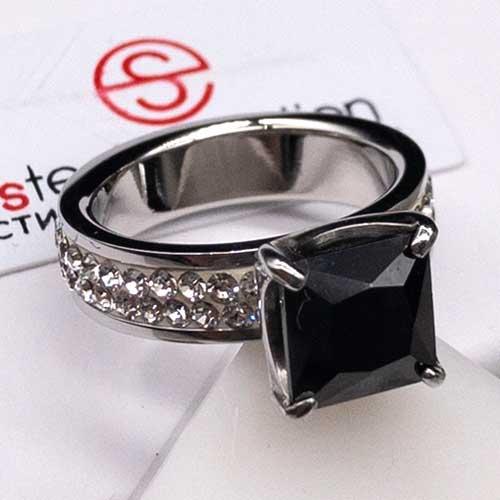 Женское кольцо Swarovski Crystal с квадратным черным камнем и белыми циркониями