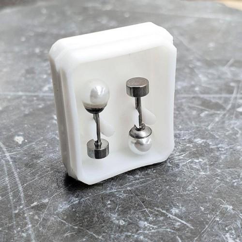 Серьги-закрутки из медицинской стали с искусственным жемчугом