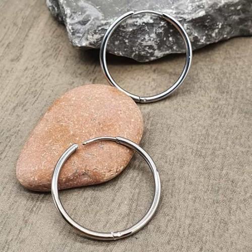Классические серьги-кольца конго из медицинской стали 2 мм в ассортименте