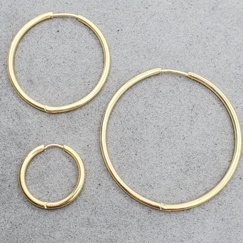 Стальные сережки-кольца с PVD покрытием 2 мм в ассортименте