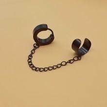 Серьги кольца стальные каффа с черным покрытием (1 шт.)