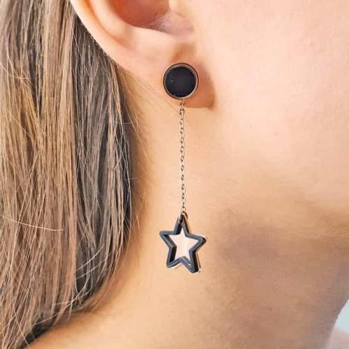 Модные сережки из ювелирной стали с подвесками звездочками
