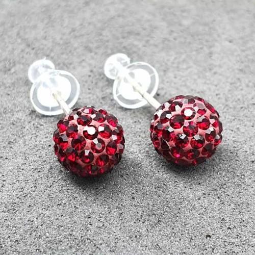Гвоздики пусеты с красными кристаллами 8 мм