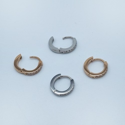 Серьги стальные женские с циркониями 7 камней 2 мм в двух цветах