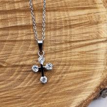 Элегантный крестик из стали для женщин с циркониями