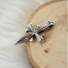 Кулон-крест из стали в готическом стиле