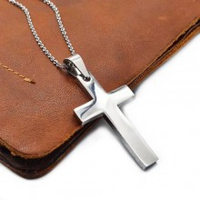 Крест из ювелирной стали нательный