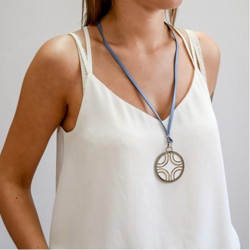 Колье из экокожи Лисса бело-голубое женское бижутерия
