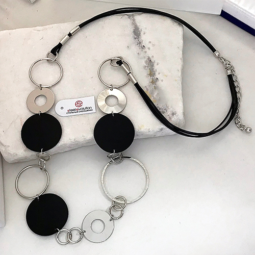 Колье из текстильных шнуров Геммма черное женское бижутерия