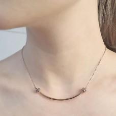 Стильная подвеска на шею для женщин с мелкими циркониями