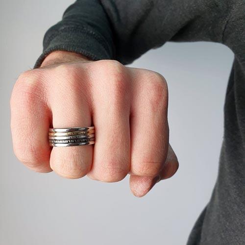 Кольцо антистресс из медицинской стали мужское с оборачивающимся элементом Меандр