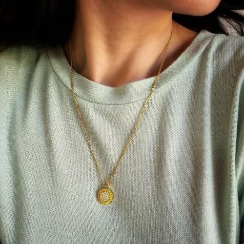 Кулон из медицинского золота с кристаллами циркония