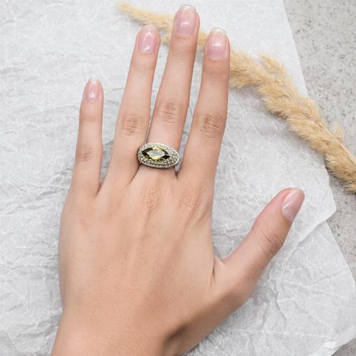 Крупное кольцо, перстень Swarovski с большим центральным камнем