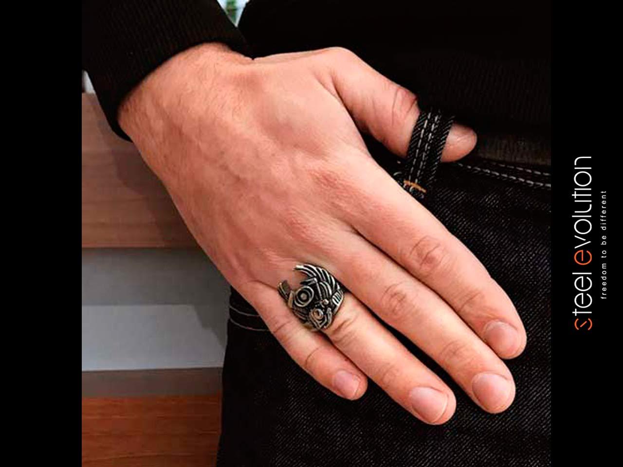 Мужское стальное кольцо